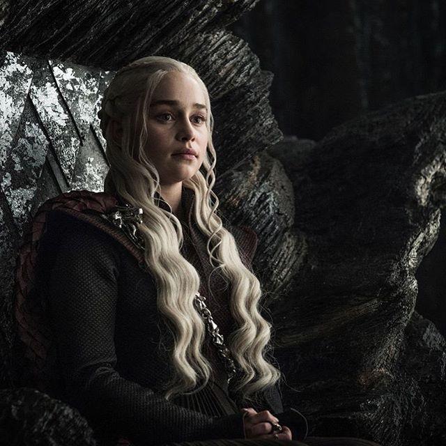 Resumo do terceiro episódio da sétima temporada de #GameOfThrones --> https://rainhavermelha.com/2017/07/31/resumo-do-episodio-7-03-de-game-of-thrones-a-justica-da-rainha/#GoTS7 #GoT #HBO #WinterIsHere #QueensJustice #JonSnow #DaenerysTargaryen #Jonerys #IceAndFire