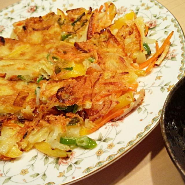 急に寒くなったので韓国料理が食べたくなりました-! - 10件のもぐもぐ - 旦那さん晩ごはん★ジャガイモ入り野菜チヂミ by ちゃんあーー