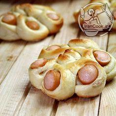 رولت نان و سوسیس