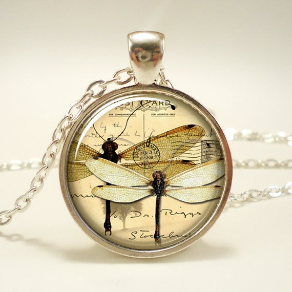 Dragon fly Necklace Vintage Style Jewelry Cute by rainnua on Etsy, $14.451445, Yoga Jewelry, 14 45, Hors Jewelry, Pendants, Henna Design, Galaxies Jewelry, Necklaces, Vintage Style