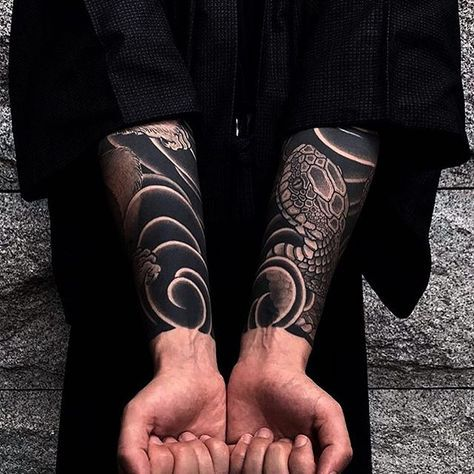 Japanese tattoo sleeves by @gakkinx. #japaneseink #japanesetattoo #irezumi #tebori #bngink #blackandgrey #blackandgreytattoo #cooltattoo #largetattoo #armtattoo #tattoosleeve #snaketattoo #blackwork #blackink #blacktattoo #wavetattoo #naturetattoo
