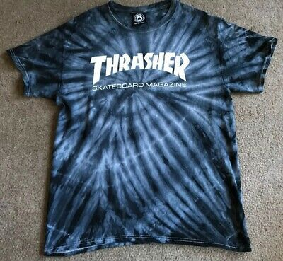 Best Photographs Mens Thrasher Magazine Navy Blue Tie Dye T Shirt Size Medium EUC Popular Because of this easy reservoir top dress, I chose to use a dark color, a nickel color, and a bordea Blue Tie Dye Shirt, Diy Tie Dye Shirts, Tie Dye Nike Shirt, Black Tie Dye, Tee Shirt Trasher, T Shirt Diy, Shirt Outfit, Thrasher Outfit, Camisa Nike