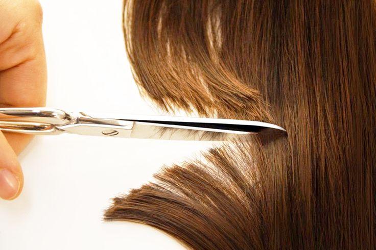 I capelli sono troppo corti? Per farli crescere rapidamente nutri le lunghezze con le maschere e massaggia la cute (stimola la circolazione), usa una spazzola in fibre naturali e assumi integratori che rinforzano il capello dall'interno. Le nostre #questionidistile rendono i tuoi capelli più sani e i nostri ferri arricciacapelli ti aiutano a realizzare un look stupendo! E per tutto il mese di Agosto hai uno SCONTO da non perdere! #hair #hairartitaly
