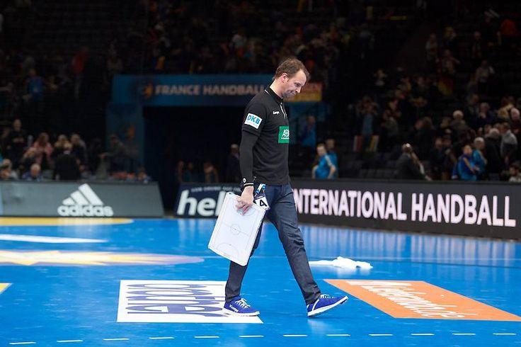 Die erfolgreiche Ära Sigurdsson, in der Deutschland Handball-Europameister und Olympia-Dritter wurde, endet mit einer bitteren Pleite.