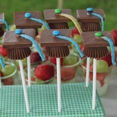 Chocolate Graduation Cap Pops