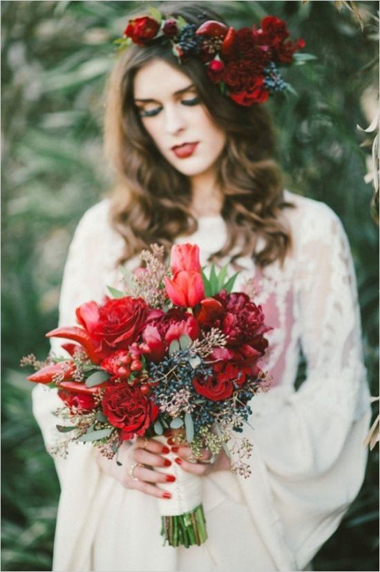 blue and red statement bouquet #bouquet #bride #weddingchicks http://www.weddingchicks.com/2014/02/13/spicy-love-wedding-inspiration/