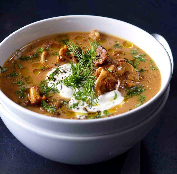 Maďarská houbová polévka s čerstvým koprem