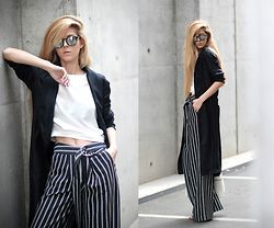 Sirma Markova - Choies Blouse, H&M Wide Leg Trousers, Mango Shopper Bag, H&M Studio Flowing Coat - White Stripes
