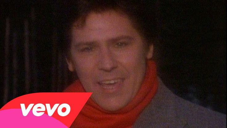 From 1984 here's the Welsh rock and roll singer Shakin' Stevens singing his original seasonal song - 'Merry Christmas Everyone.'