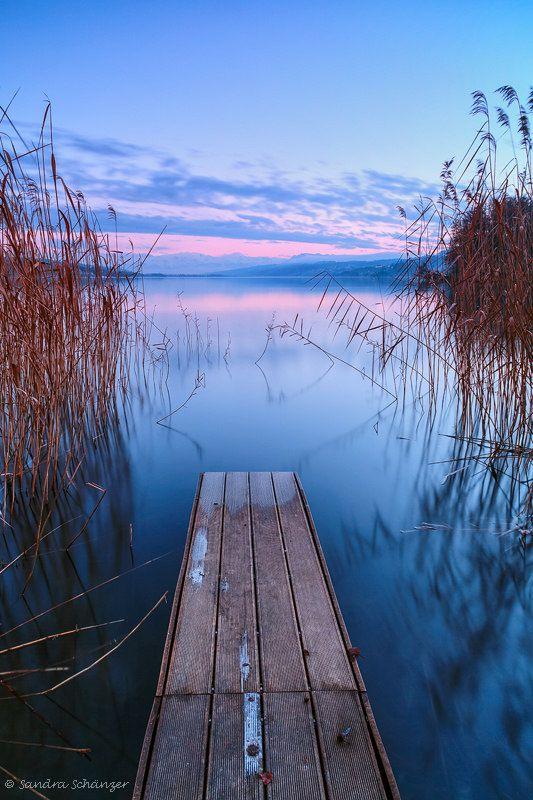 Lake Hallwil , Switzerland