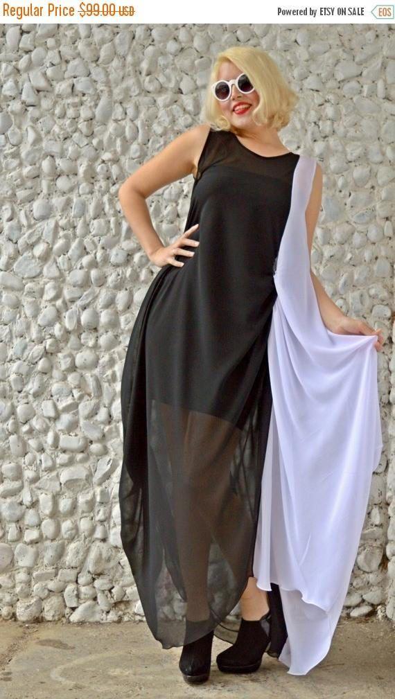 ON SALE Black and White Kaftan / Extravagant Long Maxi Dress https://www.etsy.com/listing/271584795/on-sale-black-and-white-kaftan?utm_campaign=crowdfire&utm_content=crowdfire&utm_medium=social&utm_source=pinterest