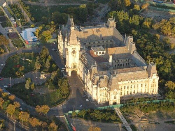 http://cultural.bzi.ro/palatul-culturii-iasi-o-poveste-nestiuta-galerie-foto-235
