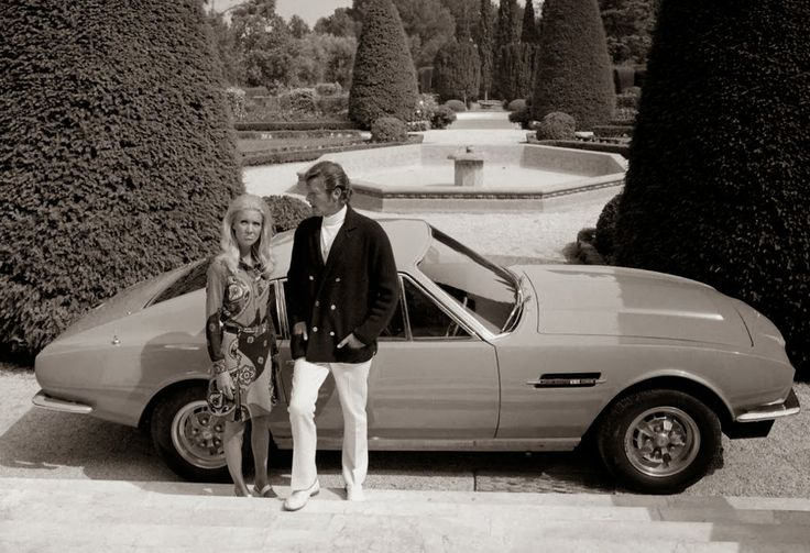 Roger Moore and Annette Andre in The Persuaders