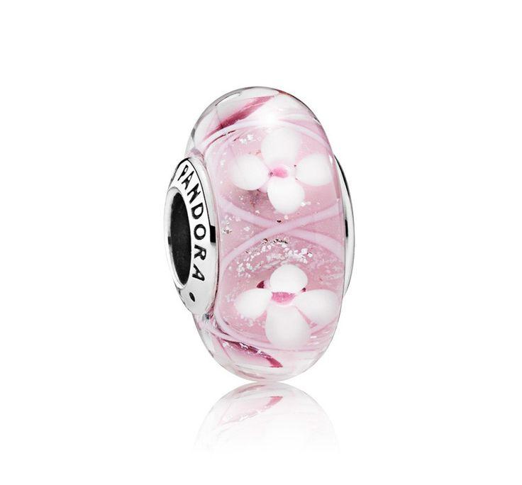 Pandora Muranoglas 'Roze bloei' 791665. Mooie Muranoglas bedel met roze bloemetjes. Trendy en chique bedel. https://www.timefortrends.nl/sieraden/pandora/bedels.html