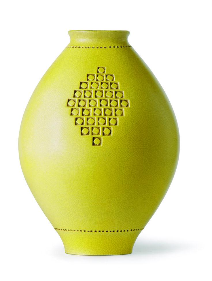 "Vase ""Inv 215"" von Bitossi. www.ad-magazin.de"
