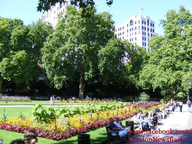 Victoria Embankment Main Garden, London #UnitedKingdom #GreatBritain #England #London #LondonTrip  #Londres #Travel #TravelBlog #Sightseeing #Parks #VictoriaEmbankment  #VictoriaEmbankmentMainGarden  #Eurotrip  #Vacation #Europe #instagood #instadaily #londonlife #igers #igerslondon #igers_uk #instago facebook.com/LondonNewsflash