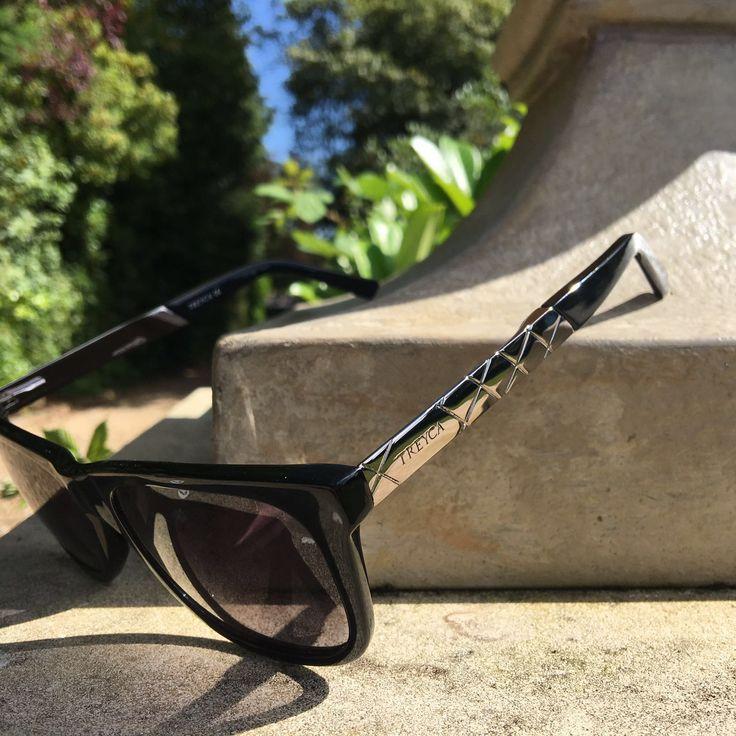 Treyca Wayfarer Sunglasses.  #TreycaSunglasses #Sunglasses #Wayfarer #Clubmaster #Wayfarersunglasses #Fashion #Mensfashion #Womensfashion #Clubmastersunglasses #Luxury #Summer #Wayfarersunglassesformen #Wayfarersunglassesforwomen #Sunglassesformen #Sunglassesforwomen
