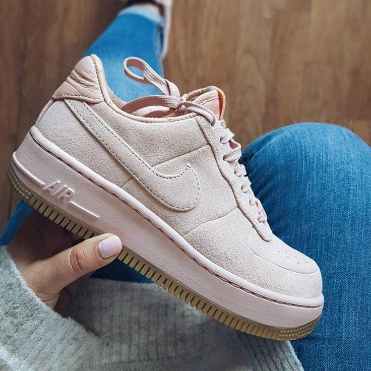 Tendance Chausseurs Femme 2017  Sneakers women  Nike Air Force 1 Upstep Artic Or…