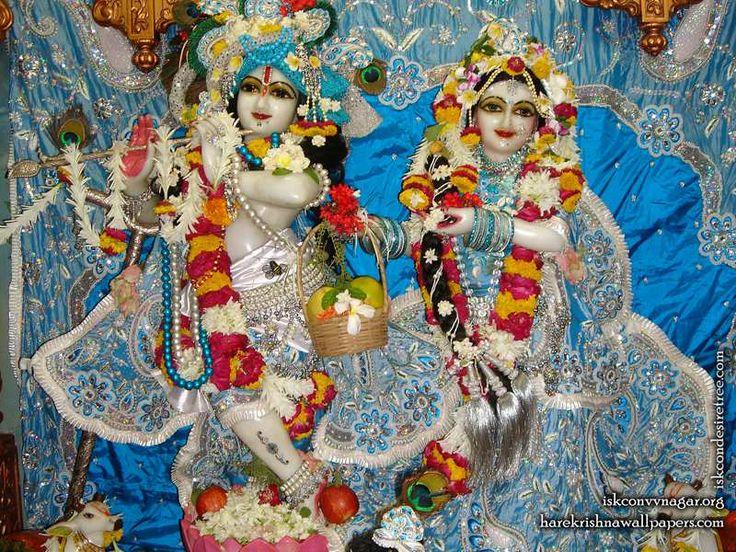http://harekrishnawallpapers.com/sri-sri-radha-giridhari-iskcon-vallabh-vidyanagar-wallpaper-022/