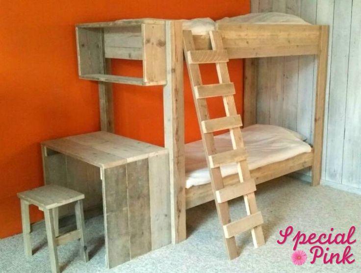 15 best images about kinderbedden childrens beds on pinterest bureaus beds and met - Stapelbed met geintegreerd bureau ...