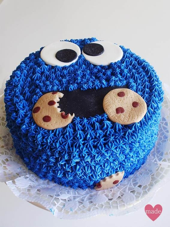 Homemade Cakes: ~ cookie monster cake ~