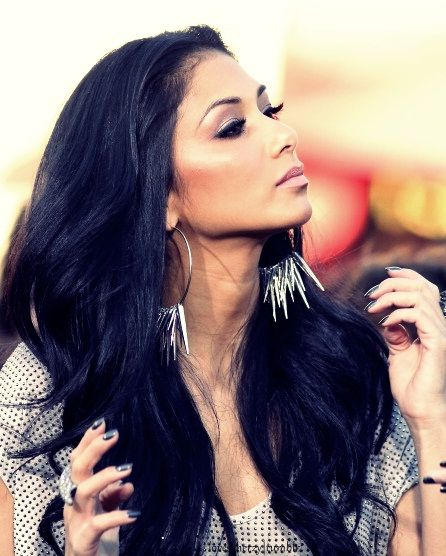 Pretty pic of Nicole Scherzinger from the EXTRA interview at the grove yesterday. Makeup by me, Hair by Scottie Cunha!