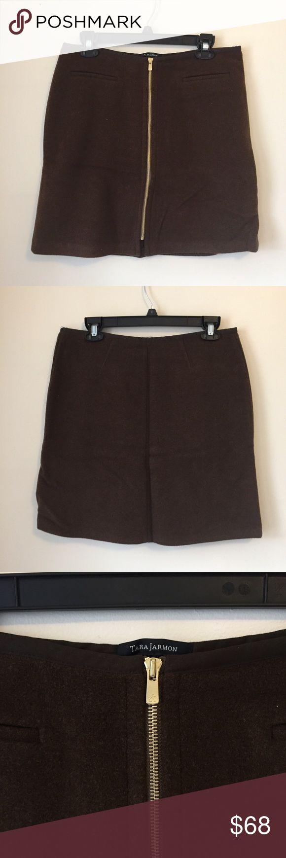 Tara Jarmon Brown Wool Front Zip Skirt 40 Tara Jarmon brown wool skirt with full front zip. 80% wool, 20% nylon. Fairly thick construction.  Size 40, translates to US 8 per Tara Jarmon site. Excellent condition. Tara Jarmon Skirts Mini
