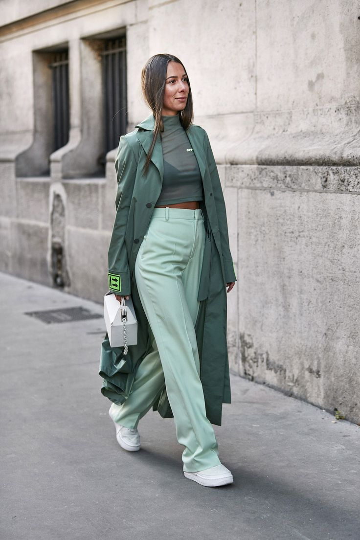 The Women Who Stole the Show at Men's Fashion Week A/W can find Fashion week and more on our website.The Women Who Stole the Show at Men's Fashion Week A/W 2019 Casual Dresscode, Outfits Casual, Sweater Outfits, Summer Outfits, Girl Outfits, Men Casual, Smart Casual, Fashion Week Hommes, Mens Fashion Week