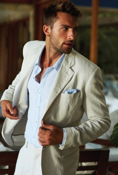 Perfect style for a summer or beach wedding!