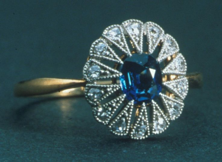 Jewelry From The Titanic To Go On Exhibition - #Titanic #Jewelry http://www.rmstitanic.net/jewels-of-titanic.html
