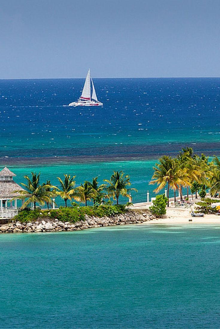 Relaxen geblazen! Op Jamaica valt genoeg te beleven, maar ontspannen staat toch wel voorop! Laadt je batterij helemaal op terwijl je onder de palmbomen ligt met je voetjes in het warme witte zand. #Jamaica https://ticketspy.nl/deals/een-vakantie-waar-relaxen-voorop-staat-jamaica-vakantie-va-e549/