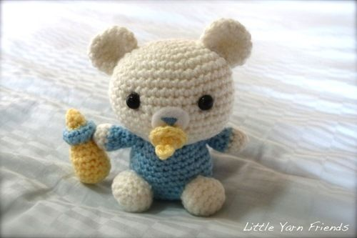 Amigurumi Little Baby Bear - free crochet pattern