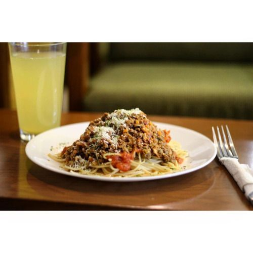 #PlatillodelDía - Espagueti a la Bolognesa. Costo: 80...