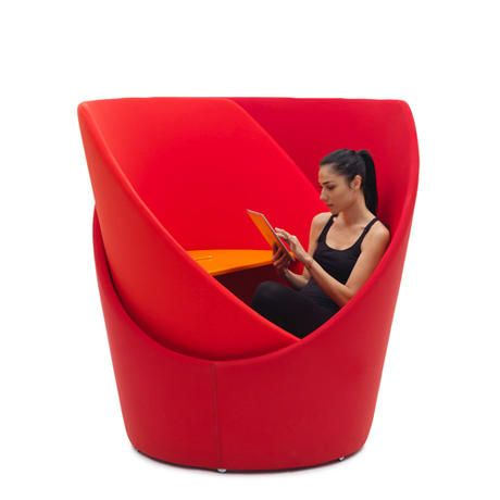 Inner section swivels to allow you to decide your level of privacy. Tuttomio - Emanuele Magini - Campeggi