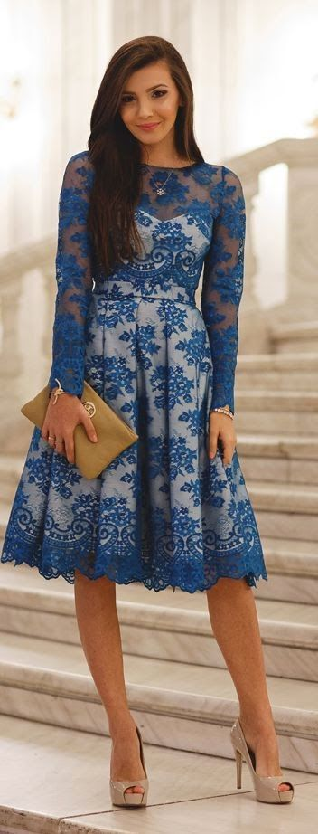 Just a Pretty Style: Street style | Blue lace dress