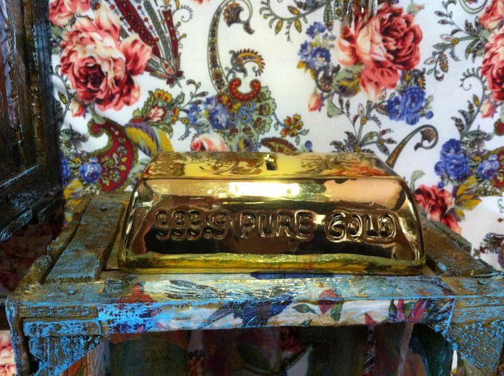 alcancia lingote de oro