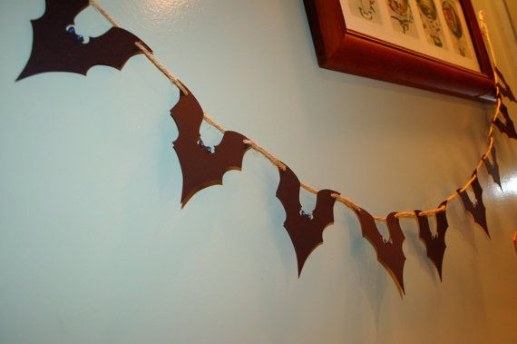 Kids HALLOWEEN Party Black Bat Batman Garland Decor Cardstock Paper boo night trick or treat creepy spooky Picture Prop Rusty Jute Twine