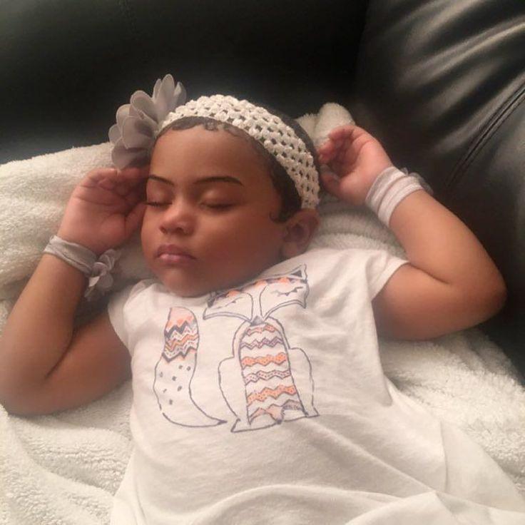 Baby Queen Bee La Mafia #LilKim got her baby eyebrows on fleek and edges hooked up!