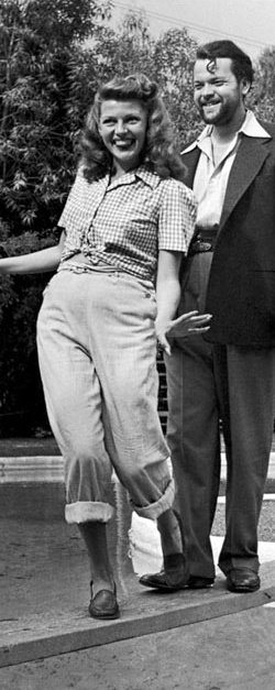 Rita Hayworth & Orson Welles: I never knew they were together! He's so cute when he was younger...