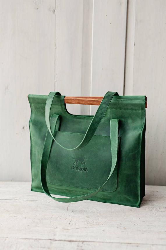 027906ab7c0 Green leather bag with wooden handles - Leather tote bag - Bag with ...