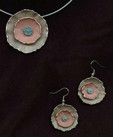 www.gallerysanivia.com  Handmade jewellery  Biżuteria robiona ręcznie m.in. z mosiądzu, miedzi, nowego srebra, brązu. Idealna na prezenty! Zapraszamy!    Oryginalna biżuteria z miedzi i nowego srebra