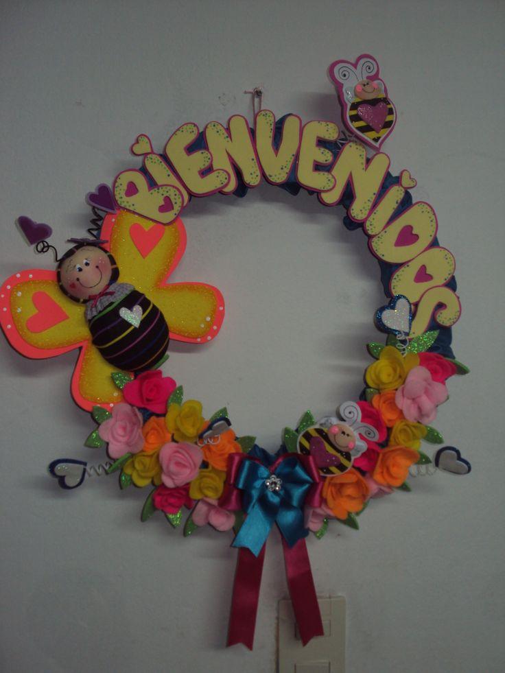 corona decorada con detalles en 3d