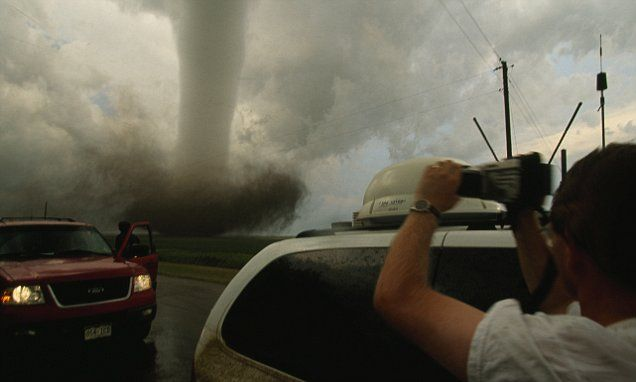 Tornadoes increasingly striking the United States in clusters rather than isolated twisters, study reveals