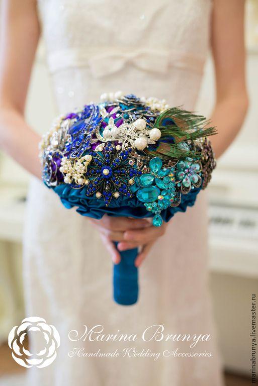 Купить Брошь-букет невесты. Павлиньи грёзы - морская волна, павлинья свадьба, павлинье перо