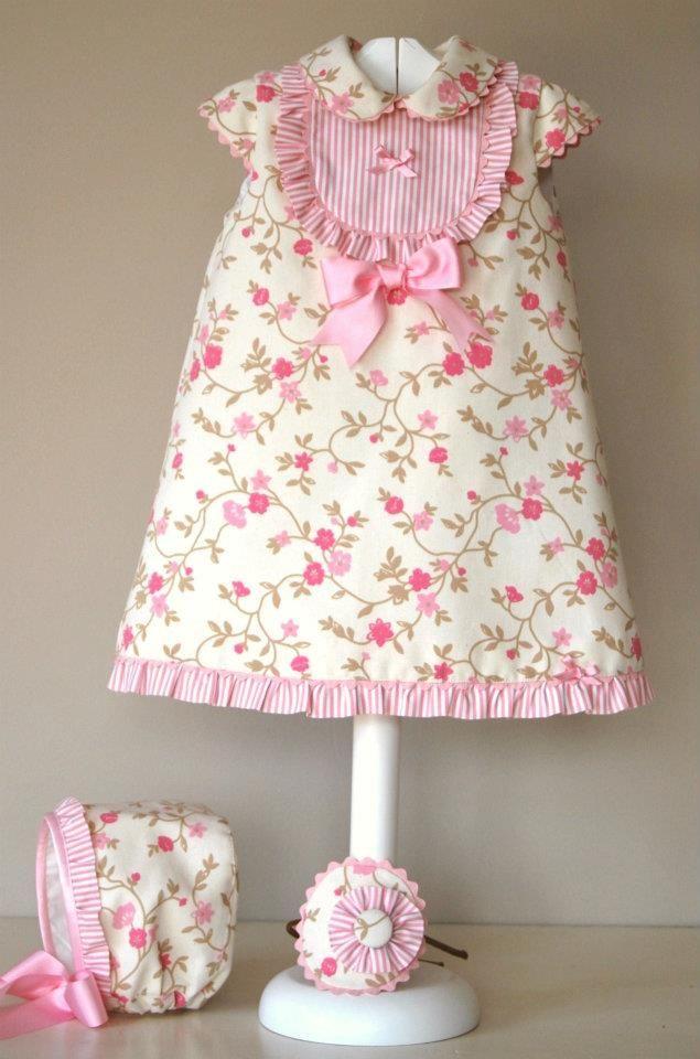 El armario de Inés. Girl dress. Feedsack. Pink.