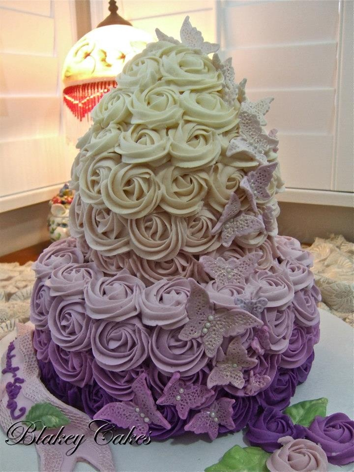 ButterCream Rose Ombre cake by BlakeyCakes...WOW!!!