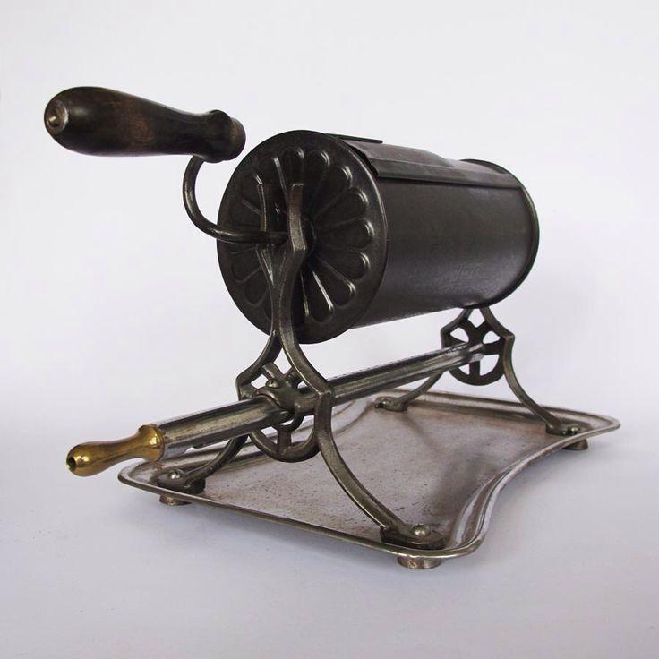 Gasbetriebener Trommelröster um 1910 für   ca. 200 gr. Rohkaffee