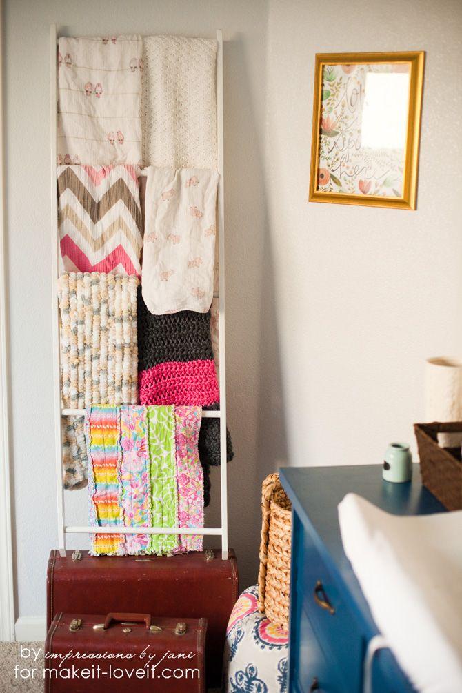 Best 25 Blanket Storage Ideas On Pinterest Storing Blankets Storage For Blankets And Diy