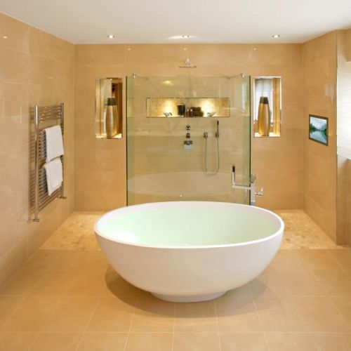 Large wet room shower and great bath too