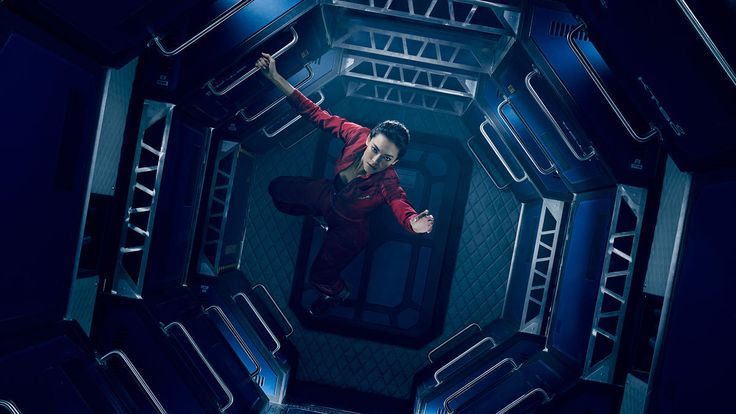 Syfy's 'The Expanse' Explores a Complicated Future on Far-Flung Worlds  |   10/16/15 The future is morally complicated, visually spectacular and set on far-flung worlds — premieres Dec. 14.